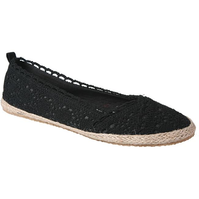 Refresh by Beston Women's 'KACIA-03' Black Crochet Knit Espadrille Flats