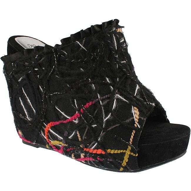 Elegant by BestonWomen's 'Flower-3' Black Platform Slip-ons