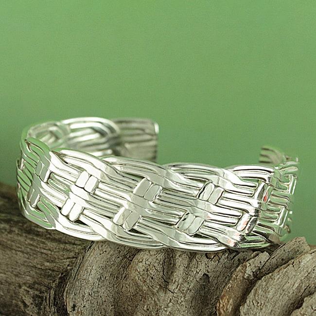 Handcrafted Alpaca Silver 'Basket Weave' Cuff Bracelet (Mexico)