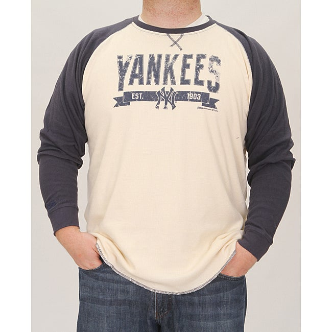 Stitches Men's New York Yankees Raglan Thermal Shirt