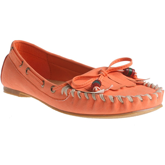 Refresh by Beston Women's 'Bonita' Orange Slip-on Loafers