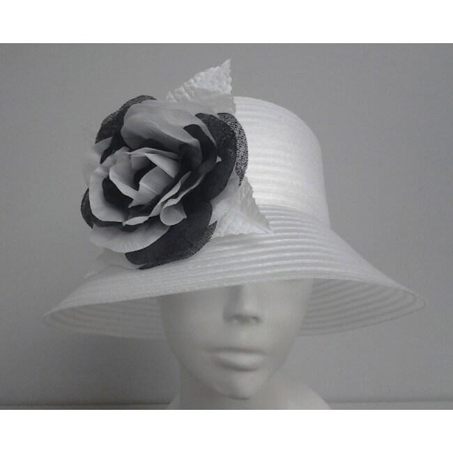 Swan Women's White Braided Crinoline Flower-topped Floppy Hat