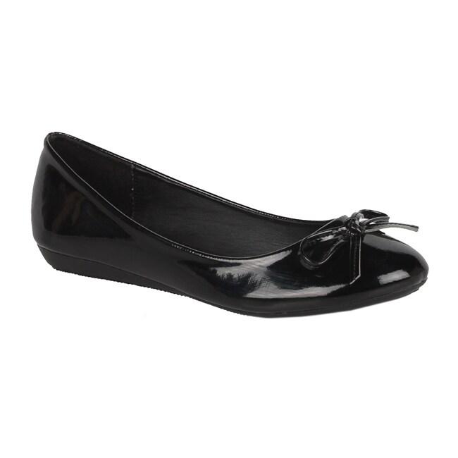 Modesta by Beston Women's 'Jade-12' Black Patent Flats