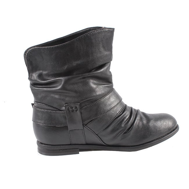 Blossom by Beston Women's 'Mac-9' Black Ankle Boots