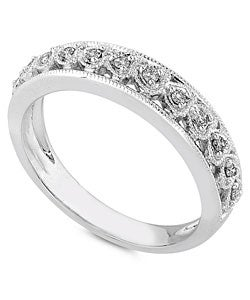 14k White Gold 1/10ct TDW Round Diamond Heart Band
