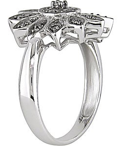 14k White Gold 1/6ct TDW Diamond Flower Ring