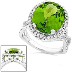 14k White Gold 8 5/8ct TCW Peridot Diamond Ring (G-H, SI) (Size 6.5)
