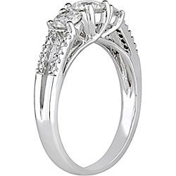 14k White Gold 1ct TDW Diamond Three Stone Ring (I-J, I2-I3)