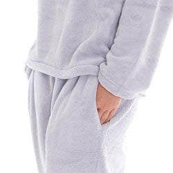 Women's Classic Fleece V-neck Pajamas Set