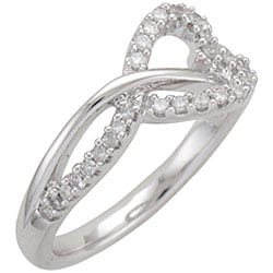 Sterling Silver 1/5ct TDW Diamond Heart Ring (I-J, I1-I2)