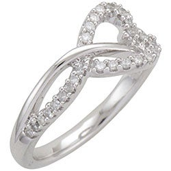 Sterling Silver 1/5ct TDW Diamond Heart Ring (I-J, I1-I2)