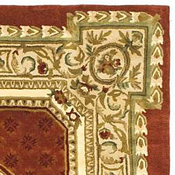Safavieh Handmade Classic Burgundy/ Beige Wool Rug (8'3 x 11')
