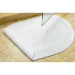 Safavieh Spa Collection White Non-slip Oval 2400-Gram Bath Mats (Set of 2)