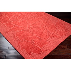 Hand-crafted Red Floral Embossed Wool Rug (5' x 8')