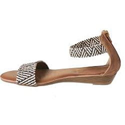 Refresh by Beston Women's 'Tokyo-09' Camel Braided Sandals