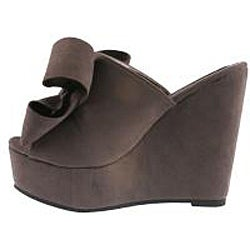Elegant by Beston Women's 'Camila-2' Grey Platform Slip-ons