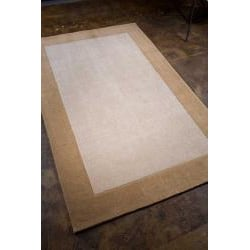 Hand-tufted Sand/ Tan Rug (3'6 x 5'6)