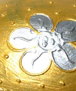 Handmade Black Lacquer Gold Decorative Sphere Box