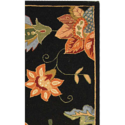 Hand-hooked Botanical Black Wool Runner (2'6 x 6')