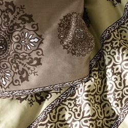 Kristie Medallion 3-piece Duvet Cover Set