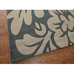 Hand-tufted Alexa Pino Collection Floral Slate Rug (7'6 x 9'6)