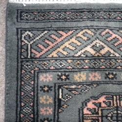 Pakistani Hand-knotted Bokhara Green/ Ivory Wool Rug (2' x 3')
