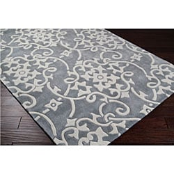 Hand-tufted Grey Floral Rug (8' x 11')