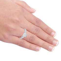 Sterling Silver 1/8ct TDW Diamond Ring (H-I, I3)