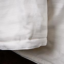 Chrysalife Silk-filled Jacquard Cotton California King-size Comforter