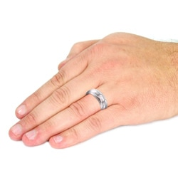 Men's Tungsten Carbide High Polish Ridged Edge Ring (8 mm)