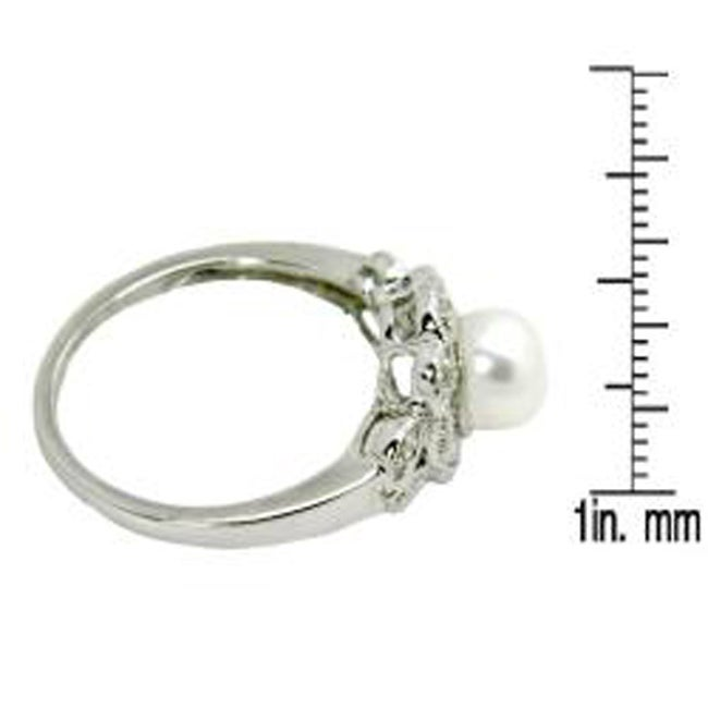 D'sire 14k White Gold Freshwater Pearl and 1/9ct TDW Diamond Ring