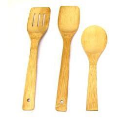 Alpine Cuisine 3-piece Gourmet Aluminum Fry Pan Set with Bonus Bamboo Tools