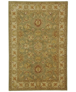 Handmade Antiquities Gem Green Wool Rug (4' x 6')