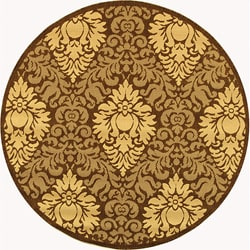 Safavieh Indoor/ Outdoor Crescent Chocolate/ Natural Rug (6'7 Round)