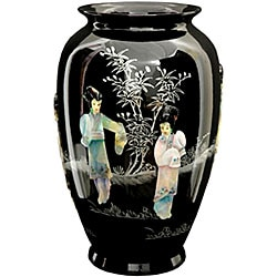 Black Tung Chi Porcelain Vase (China)