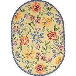 Hand-hooked Mosaic Ivory Wool Rug (4'6 x 6'6 Oval)