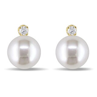 Miadora 14k Gold Cultured Pearl and 1/10ct TDW Diamond Earrings (8-9 mm)