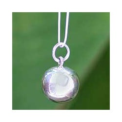 Sterling Silver 'On the Ball' Necklace (Thailand)