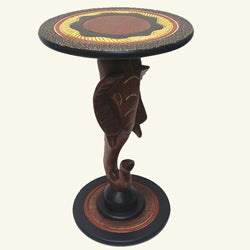 Handmade Cedar 'Elephant' Accent Table (Ghana)