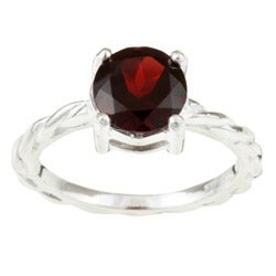 Sterling Essentials Sterling Silver Garnet Solitaire Ring (Size 7)