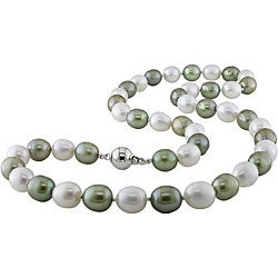 Silver Green and White Freshwater Pearl Necklace (8-9 mm)