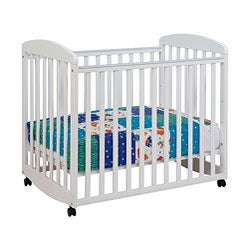 DaVinci Alpha Mini Rocking Crib in White