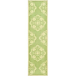 Hand-hooked Motifa Light Green Wool Runner (2'6 x 6')