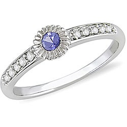 10k Gold Sapphire and 1/10ct TDW Diamond Ring (H-I, I1-I2)