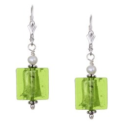 Charming Life Silver Pearl Lime Green Square Earrings (3.5 mm)