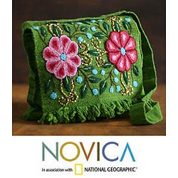 Handmade Wool 'Aymara Flower' Flap Messenger Bag (Peru)