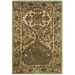 Safavieh Handmade Tabriz Beige/ Olive Wool Rug (2' x 3')