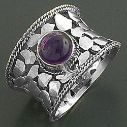 Sterling Silver Amethyst Cabochon Reptile Ring (India)