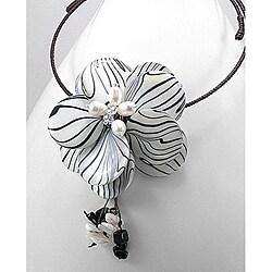 Modern Animal Paint Mother of Pearl Flower Choker (Thailand)