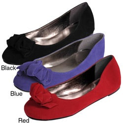 Glaze by Adi Women&#39;s Ruffle Toe Ballet Flats